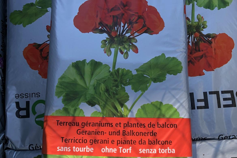Terreau géraniums et plantes de balcon 40L
